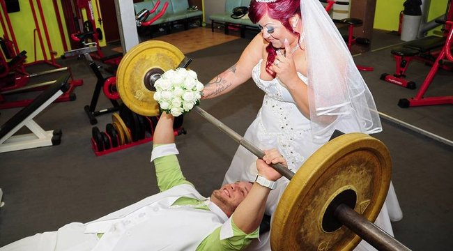 Konditeremben hangolt az esküvőjükre Peti és Tünde