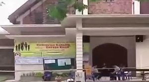 Miséző papra támadt a terrorista – videó