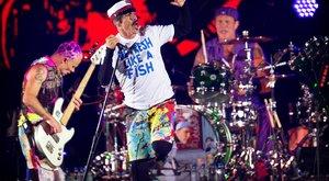 Profi: 14 kamionnal jött aRed Hot Chili Peppers Budapestre