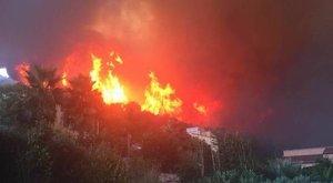 Tűzvész miatt százakat evakuálnak Spanyolországban