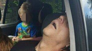 Tragikus: csukott szemmel vezette a kocsit a heroinista apa, kisfia mögötte ült