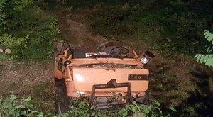 Halálos baleset Verőcénél: 3 méter mély árokba csapódott - fotók
