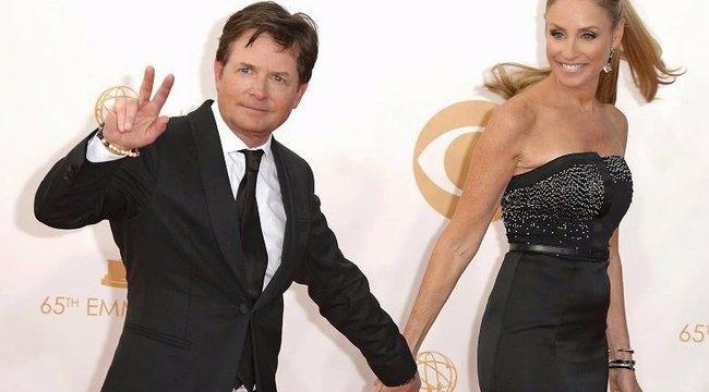 Nagy szerelmek: még a betegség sem állhatott Michael J. Fox és párja közé