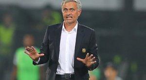 Még Van Gaalnál is rosszabb Mourinho