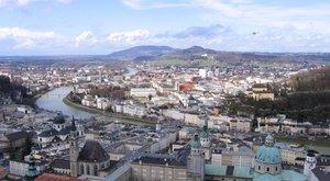 Magyar férfi támadt a járókelőkre Salzburgban