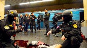 Terrorelhárítási gyakorlatot tartottak éjjel a 2-es metróban - fotók