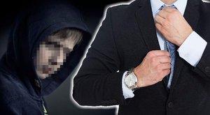 Tekintélyes politikus a gödöllői szatír Sanyika keresztapja