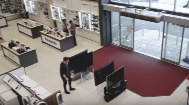 Így lehet kevesebb mint 5 másodperc alatt 1,7 milliós kárt tenni – videó