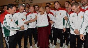 Megharagudott Kína, hogy Dzsudzsákék a dalai lámával pózoltak