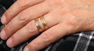 Édesanyja halálát is megrendezte a bigámista férj