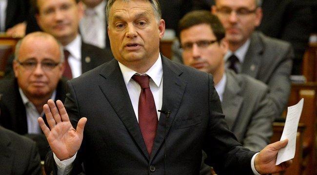 Hoppá: nem jött össze Orbánnak az alaptörvény-módosítás