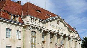 Debrecen: Négyes ikrei születteka négyes iker apának