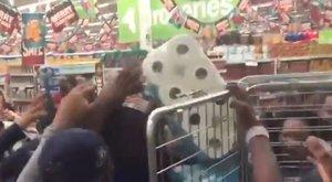 Black Friday: vécépapír miatt tört ki a káosz