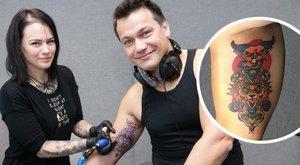 Elvesztett fogadás miatt tetováltatottKovács Áron