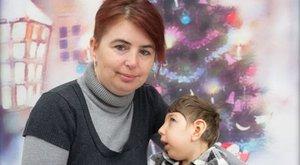 Edina: Orvosi mulasztás miatt lett kisfejű a lányom!