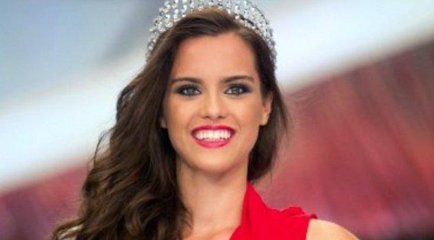 New Yorkban bulizik Magyarország legszebb nője