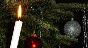 Ritka betegség: évek óta először nem aludta át a karácsonyt a 12 éves fiúcska