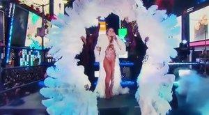 Mariah Carey százezrek előtt égett be a Times Square-en
