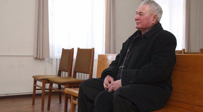 Ittas biciklizés: eltörölték a 70 éves Imre büntetését