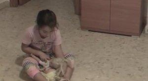 Bekamerázta kislánya szobáját - nem kellett volna