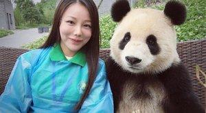 Napi cuki: szelfiző pandától olvad az internetet!