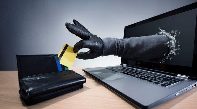 Bűnözőket segít, aki óvatlanul Facebookozik