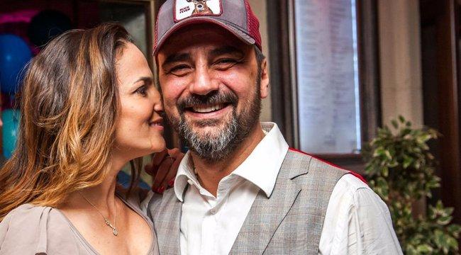 Kitiltotta a rózsaszínt az esküvőjéről Debreczeni Zita