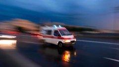 Ráfutott egy kisbuszra egy kamion – többen megsérültek