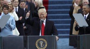 Ez is megtörtént: beiktatták Donald Trumpot
