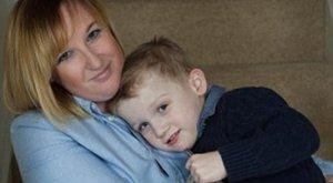 Anya elaludt, és nem ébred fel - életet mentett a hős kisgyerek