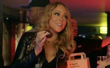 Mariah Carey élő adásban drogozott