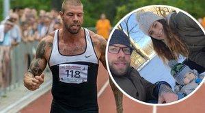 Edző, apa és diák a tetkós sprinter