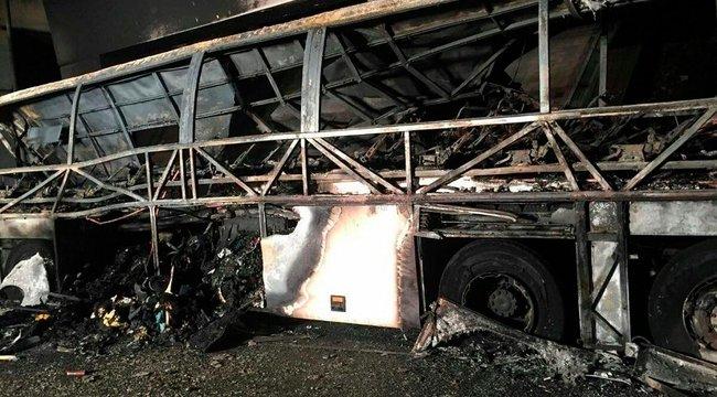 Sokkoló videó: cserbenhagyták az autósok a veronai busz utasait!