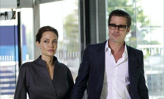 Színjáték volt Pitt és Jolie reptéri balhéja