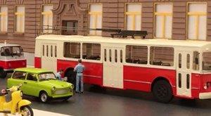 Ilyen az, amikor egy Lada és egy Škoda száguldozik a pesti utcákon