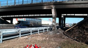 Veronai buszbaleset: kirepült a szélvédőn a sofőr?