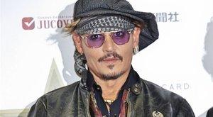 Johnny Depp vádaskodott, mégis őt perelik