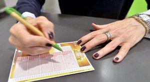 A lottómilliomos tanácsa:szerénység kell a 7 milliárdos rekordhoz!