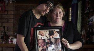 A legjobbat akarták csecsemőjüknek, ám éppen a kényeztetés ölte meg