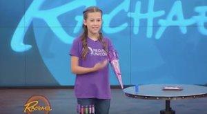 Csoda, milyen műkezet talált fel a 11 éves kislány (videó)