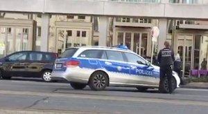 Videó, ahogy a rendőrök rálőnek a heidelbergi ámokfutóra