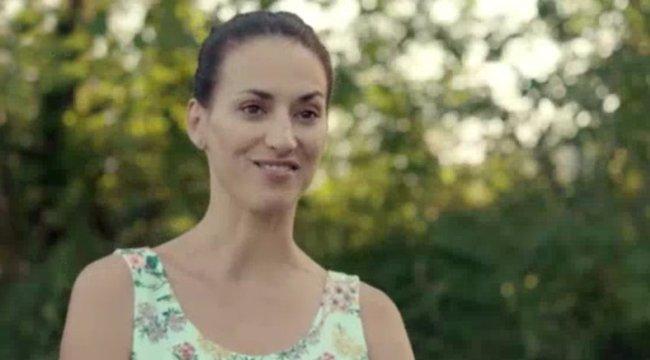 Pikáns videó: mindent megmutatott A mi kis falunk sztárja