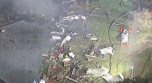 Repülő zuhant lakott területre, négy halott