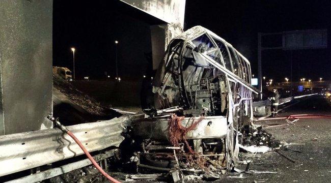 Olasz rendőrség: emberi tévedés okozta a veronai buszbalesetet