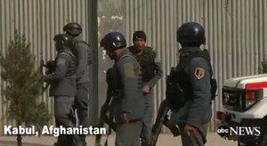 Fegyveresek robbantottak, majd szálltak meg egy katonai kórházat Kabulban