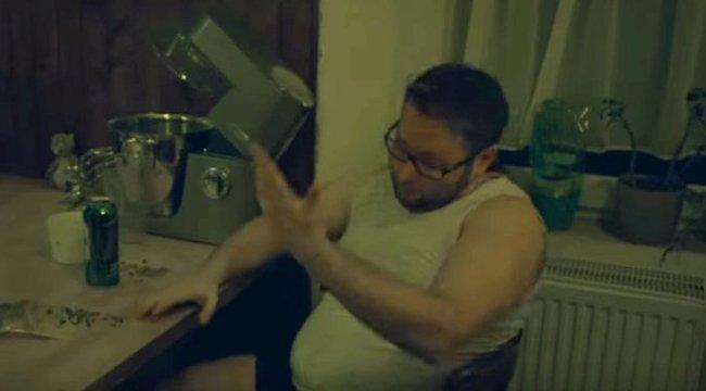 Itt van ez a pár popsztár, akik egy szakítós számmal kívánnak boldog nőnapot - videó