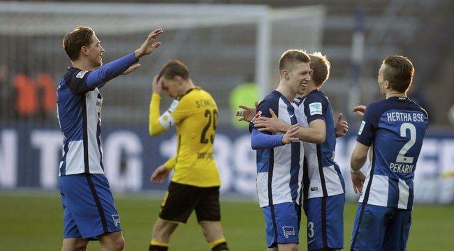 Dortmund-verés: rakott kellel ünnepelt Petry