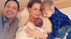 Részleteket árult el csecsemőjéről Som-Balogh Edina