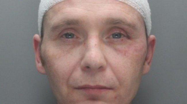 Gyomorforgató: erőszakonként alig egy hónapot kapott a pedofil