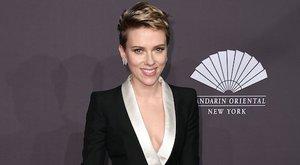 Már ebédelt a Fehér Házban, úgyhogy tökéletes politikus lenne Scarlett Johansson